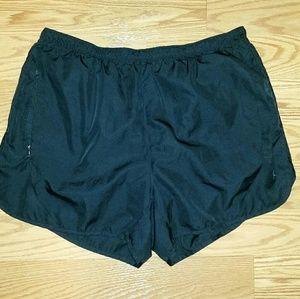 Danskin Size Medium Athletic Shorts